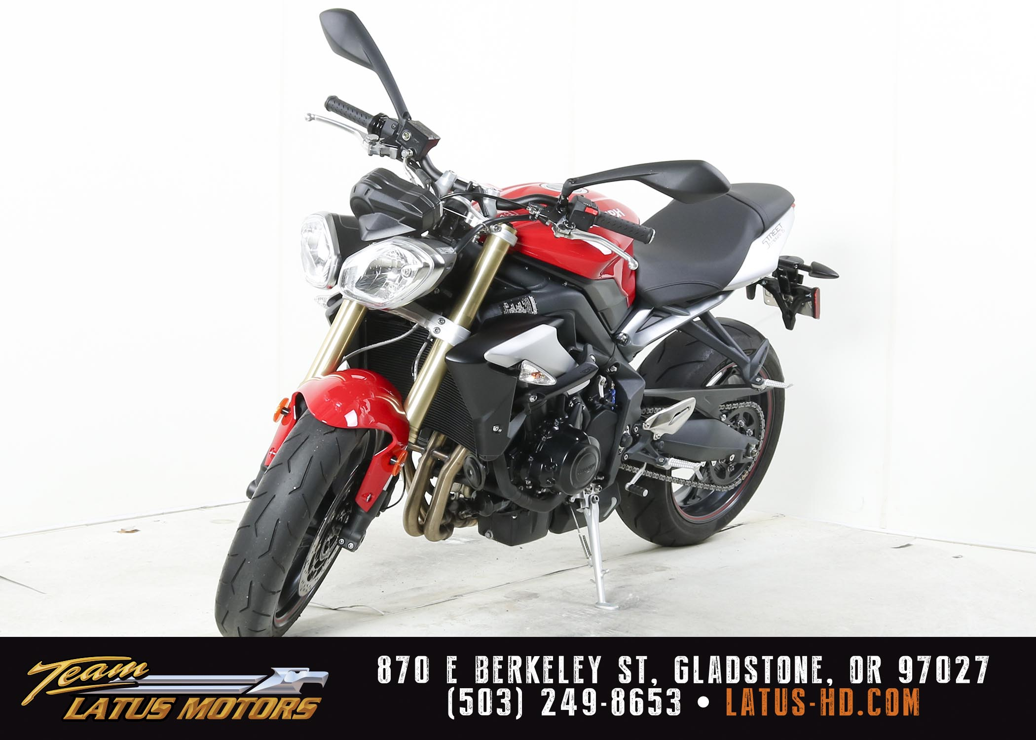 Used 2016 TRIUMPH STREET TRIPLE in Gladstone, OR